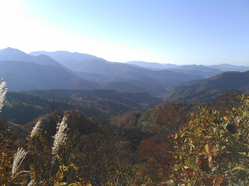 栗駒山麓 紅葉 須川湖キャンプ場近く